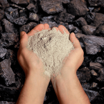 Equipment for recycling fly-ash